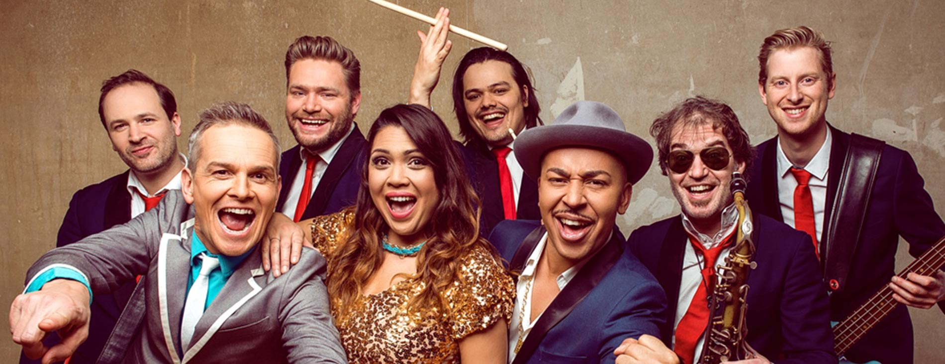 Hermes House Band and Lou Bega press picture